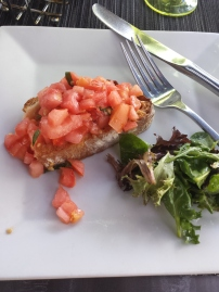 BRUSCHETTA Tomato, basil, X-VOO