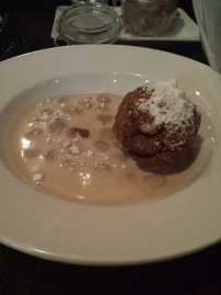 SWINE BALL Fried brownie and cookie crisp beer porridge