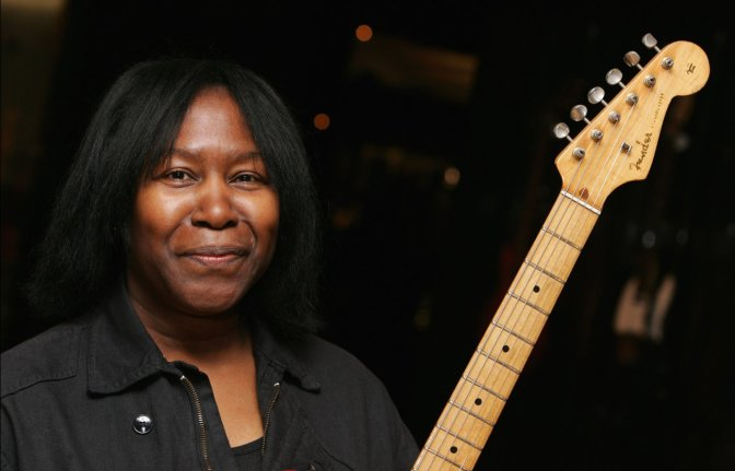 "KListen: Joan Armatrading ""Love and Affection"" [1976]"